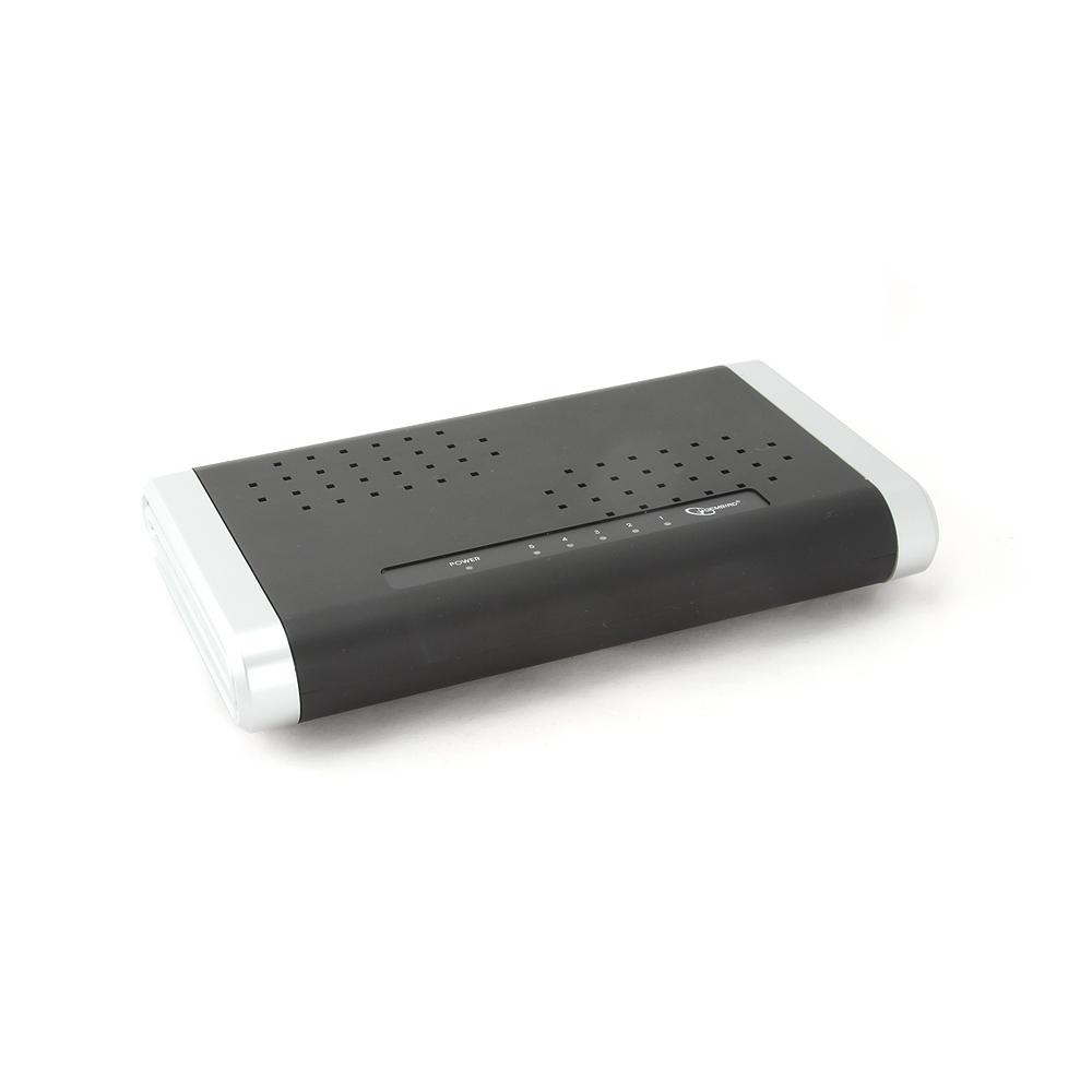 5-poorts desktop 10/100/1000    Mbps N-Way switch